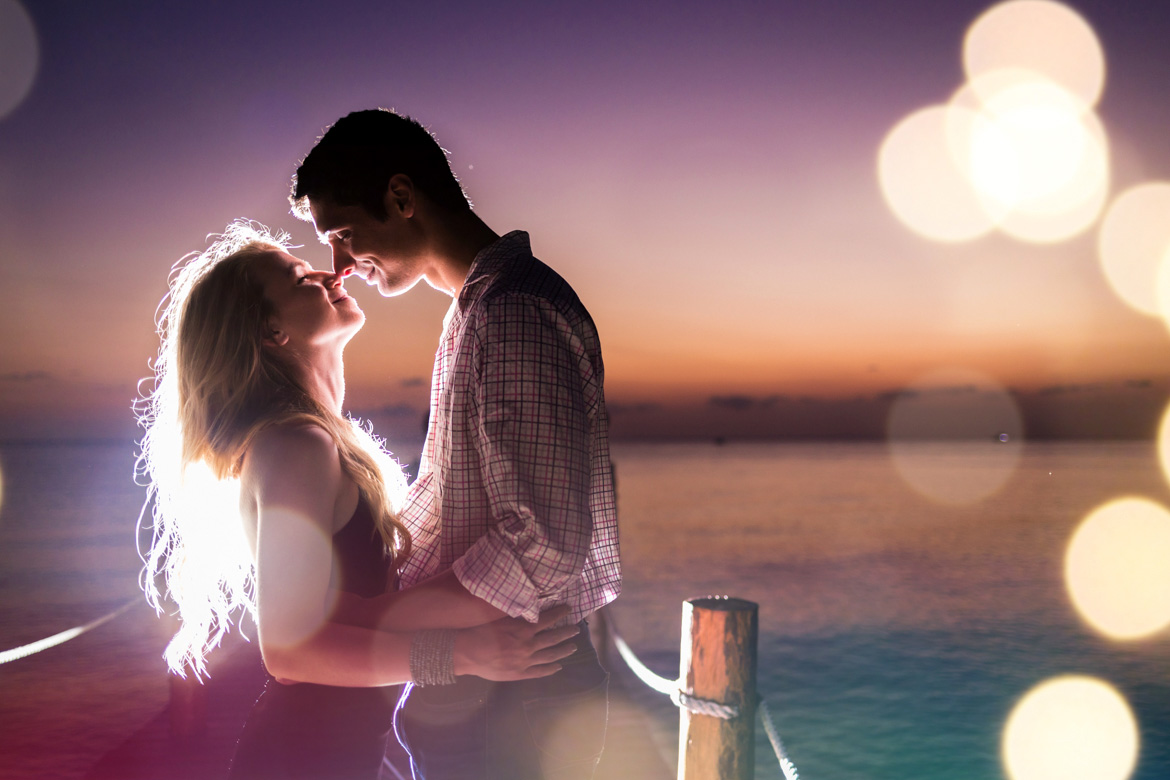 Romantic photo shoot at Cozumel vacation