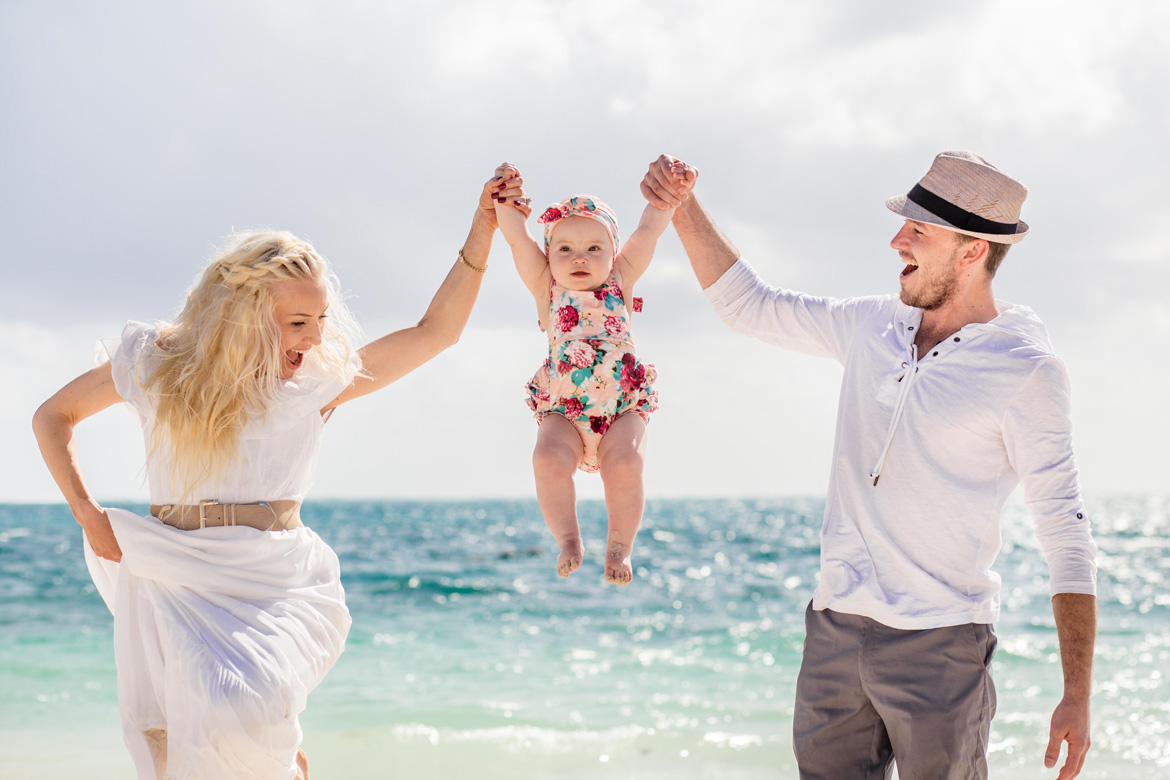 Beach family photo shoot by Adventure Photos