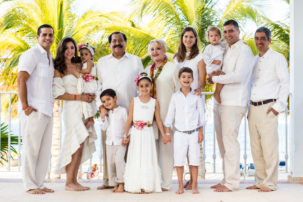 Family destination wedding photography