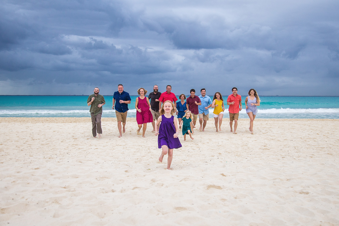 Fun family photo session on beach