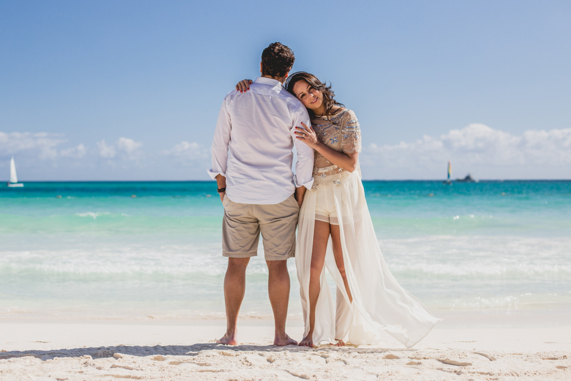 Couples photo shoot at Secrets Maroma Cancun beach
