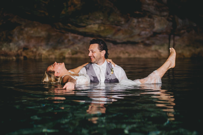 trash the dress in cenote
