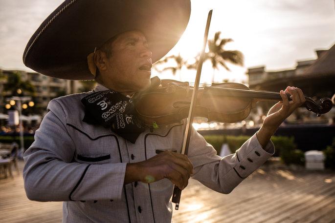mariachi player