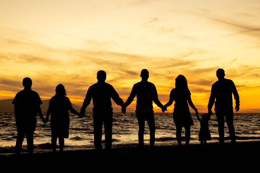Sunset Family Photo Shoot at Sunscape Resorts by Adventure Photos