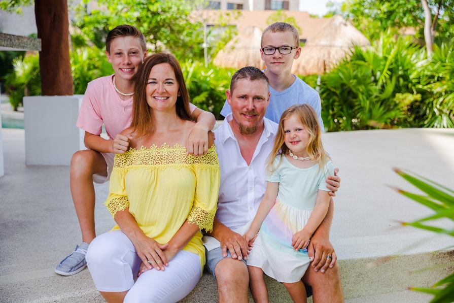 Family Portrait Captured During Destination Lifestyle Shoot in Cancun by Adventure Photos